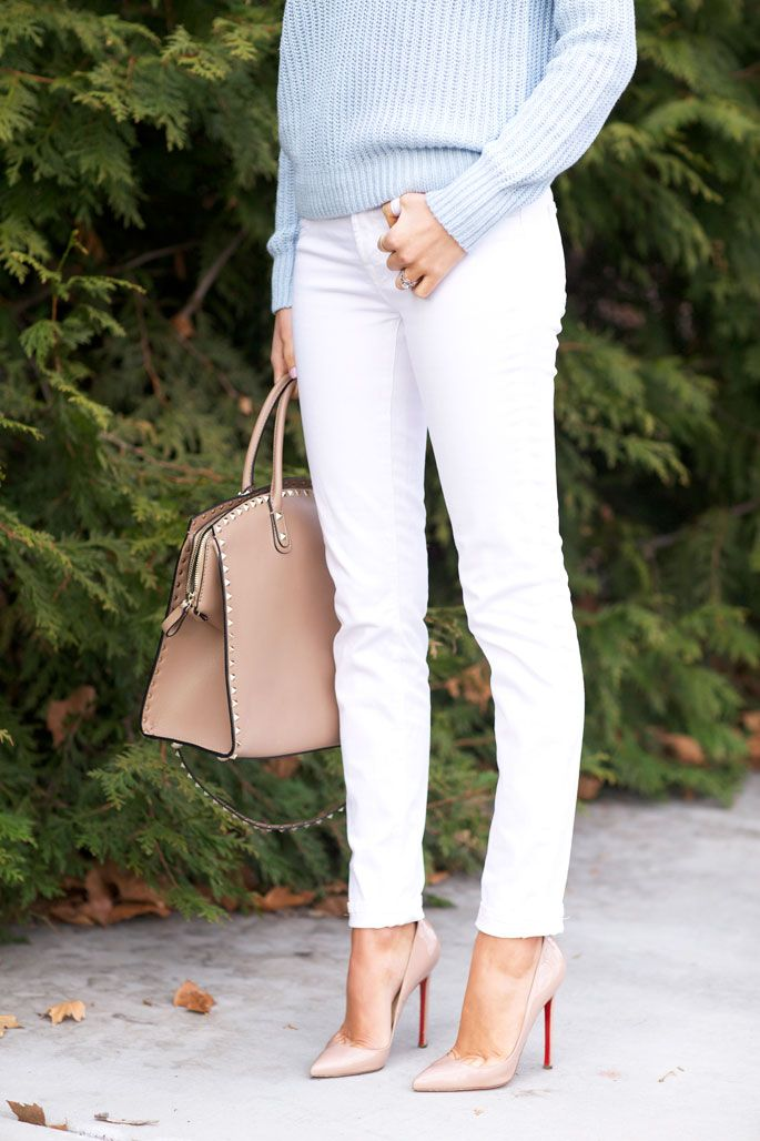 How To Wear White Jeans for Spring: white and pastel