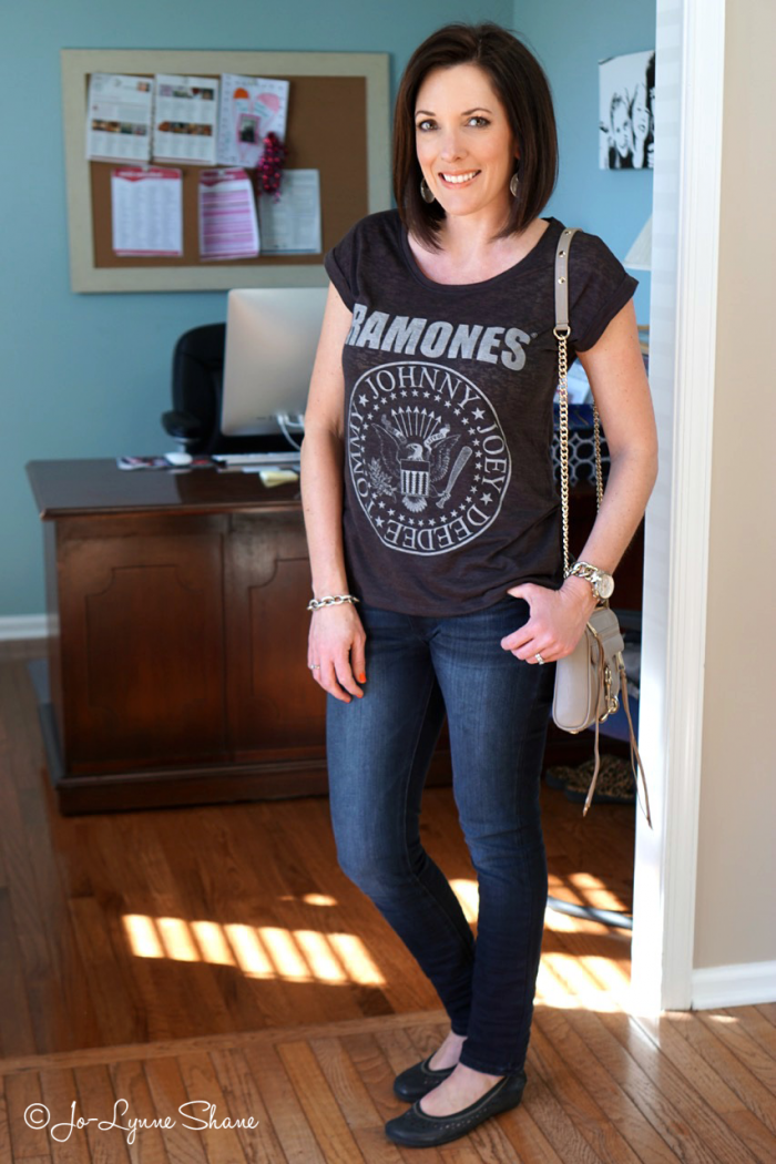 Fashion for Women Over 40: T-Shirt and Jeans