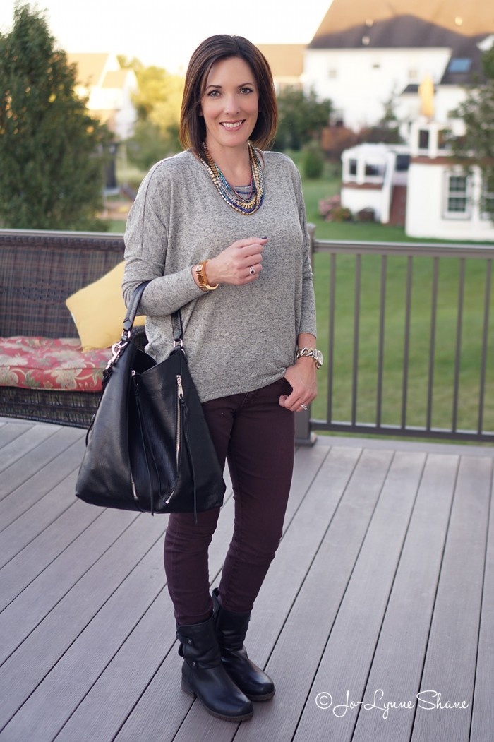 Fall Fashion for Women Over 40: How to Wear a Statement Necklace with a Casual Outfit