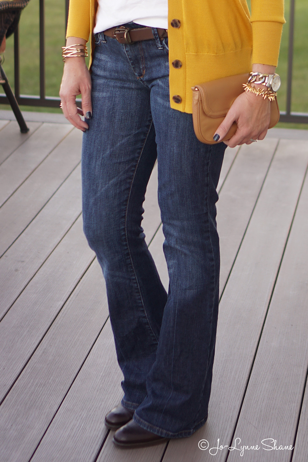 How to Wear Bootcut Jeans