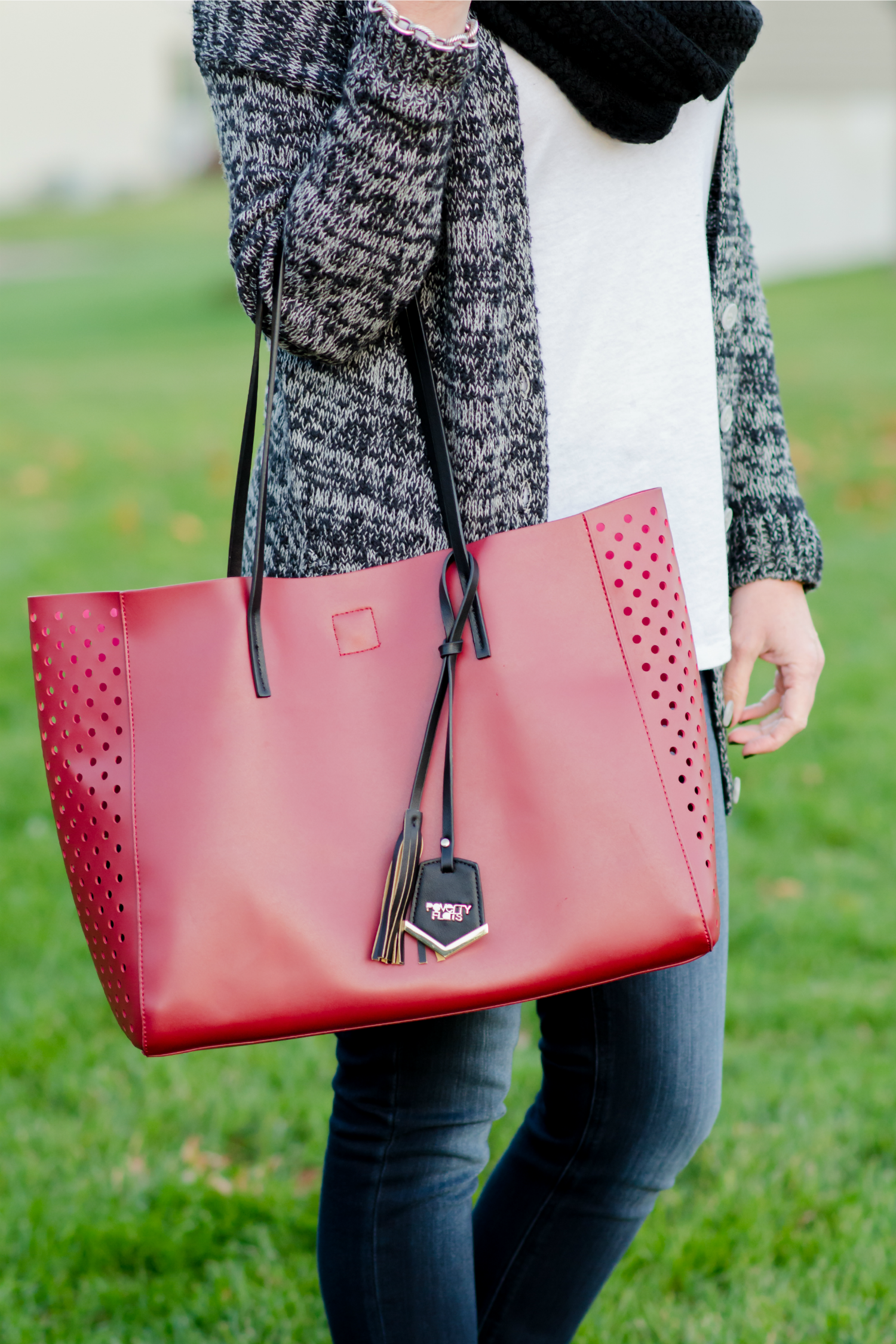 Perforated Shopper