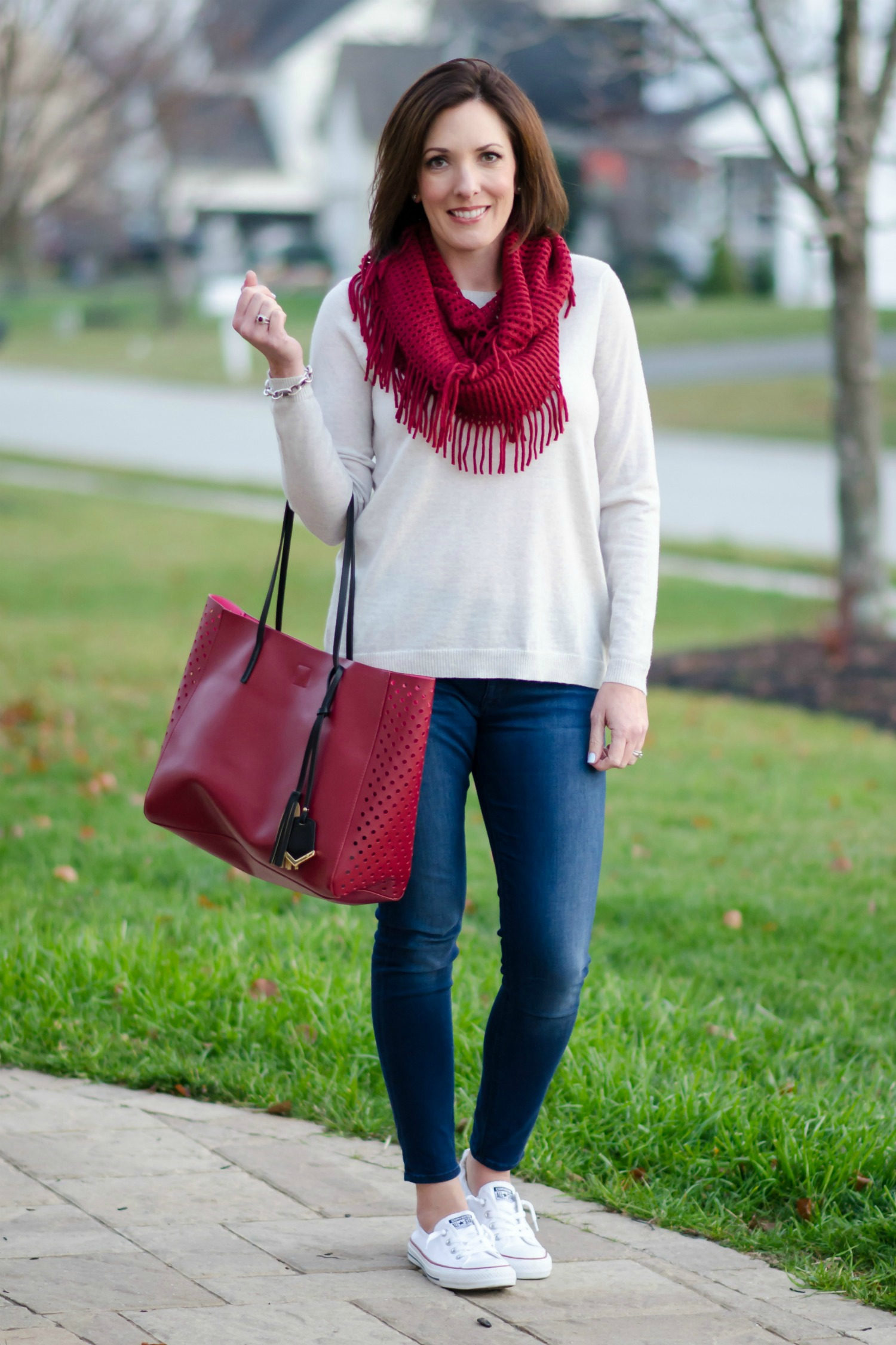 WHAT I WORE: OATMEAL SWEATER W/ RED FRINGE SCARF & CONVERSE