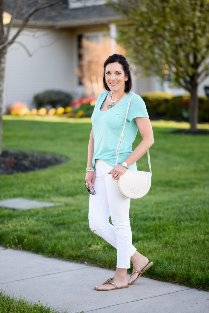 Jo-Lynne Shane in teal Caslon U-Neck Tee with white Distressed Jeans and nude sandals