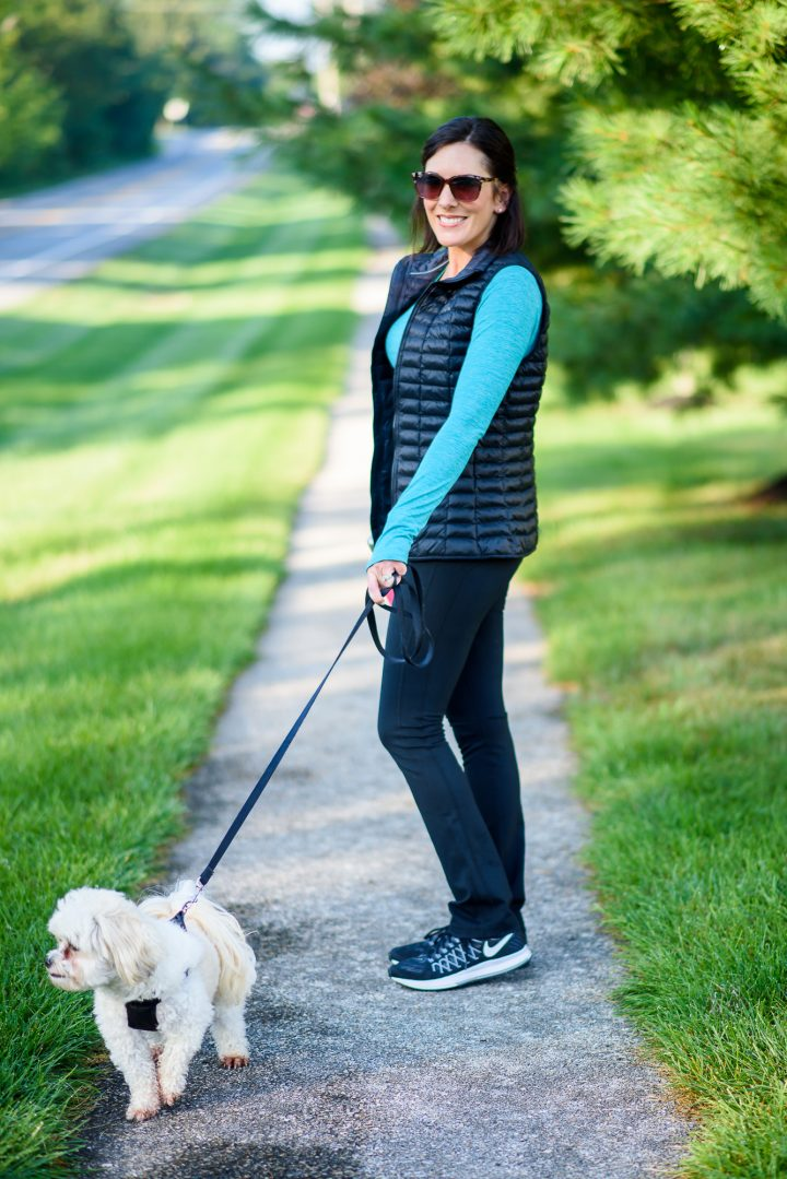 This easy activewear look from Nordstrom is the perfect walking the dog outfit and my go-to mom uniform for fall.