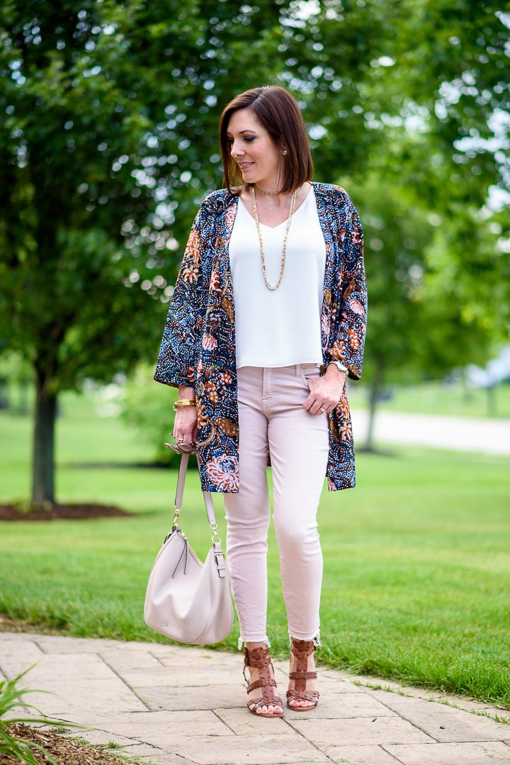 How to wear a robe jacket and why you might want one this summer!